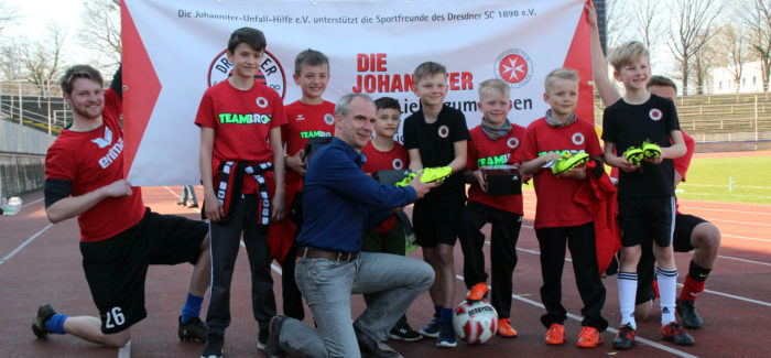 """Johanniter-Aktion """"Sportschuhe für Vereine"""""""